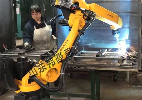全自動車架焊接機器人批發