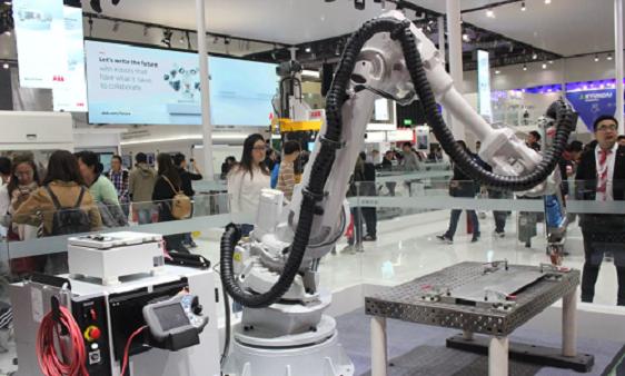 公开增发募资6.50亿元 拓斯达加码工业机器人制造