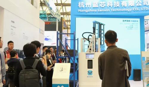 貨物揀選無人化 藍芯科技智能揀貨機器人助力倉儲物流智能升級
