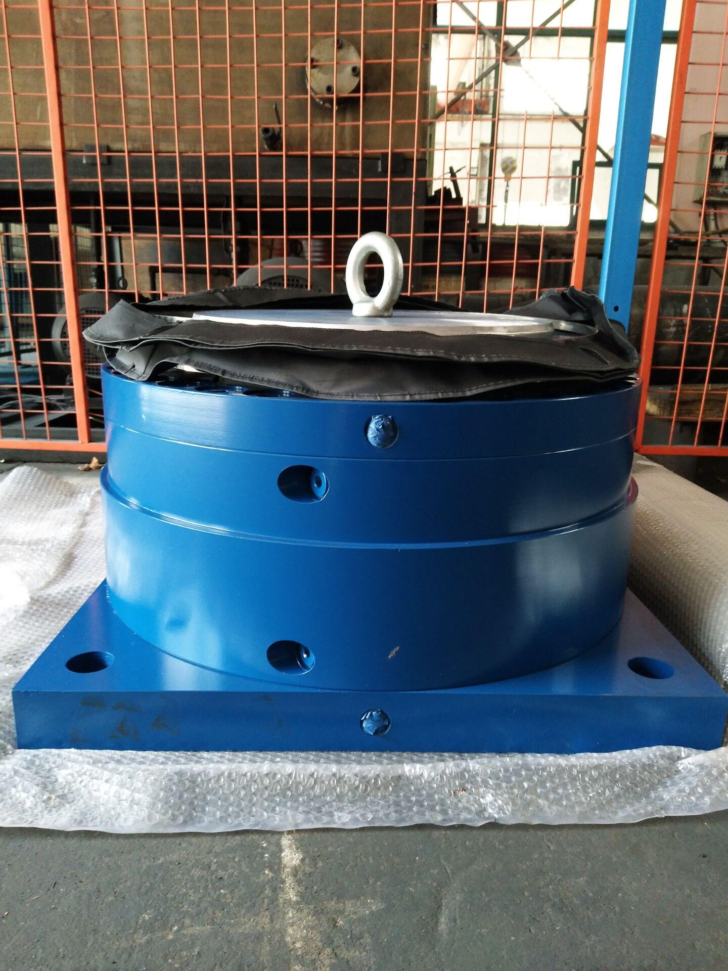 辊压机油缸YG20024